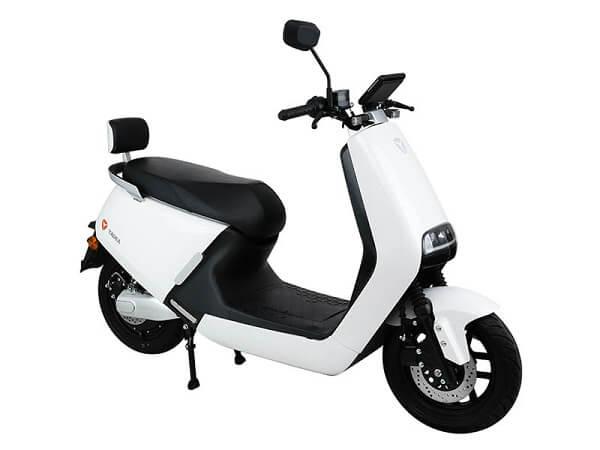 Hãng xe máy điện loại YaDea Ulike, đẳng cấp cho phái đẹp