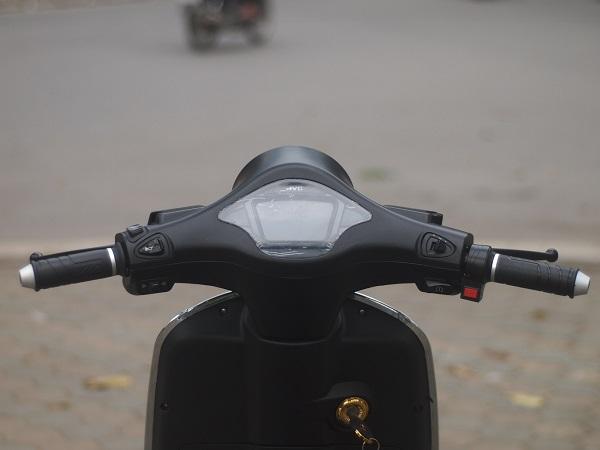 Xe có hộp số 3 cấp vòng tròn giúp người lái điều chỉnh tốc độ phù hợp cho những cung đường khác nhau